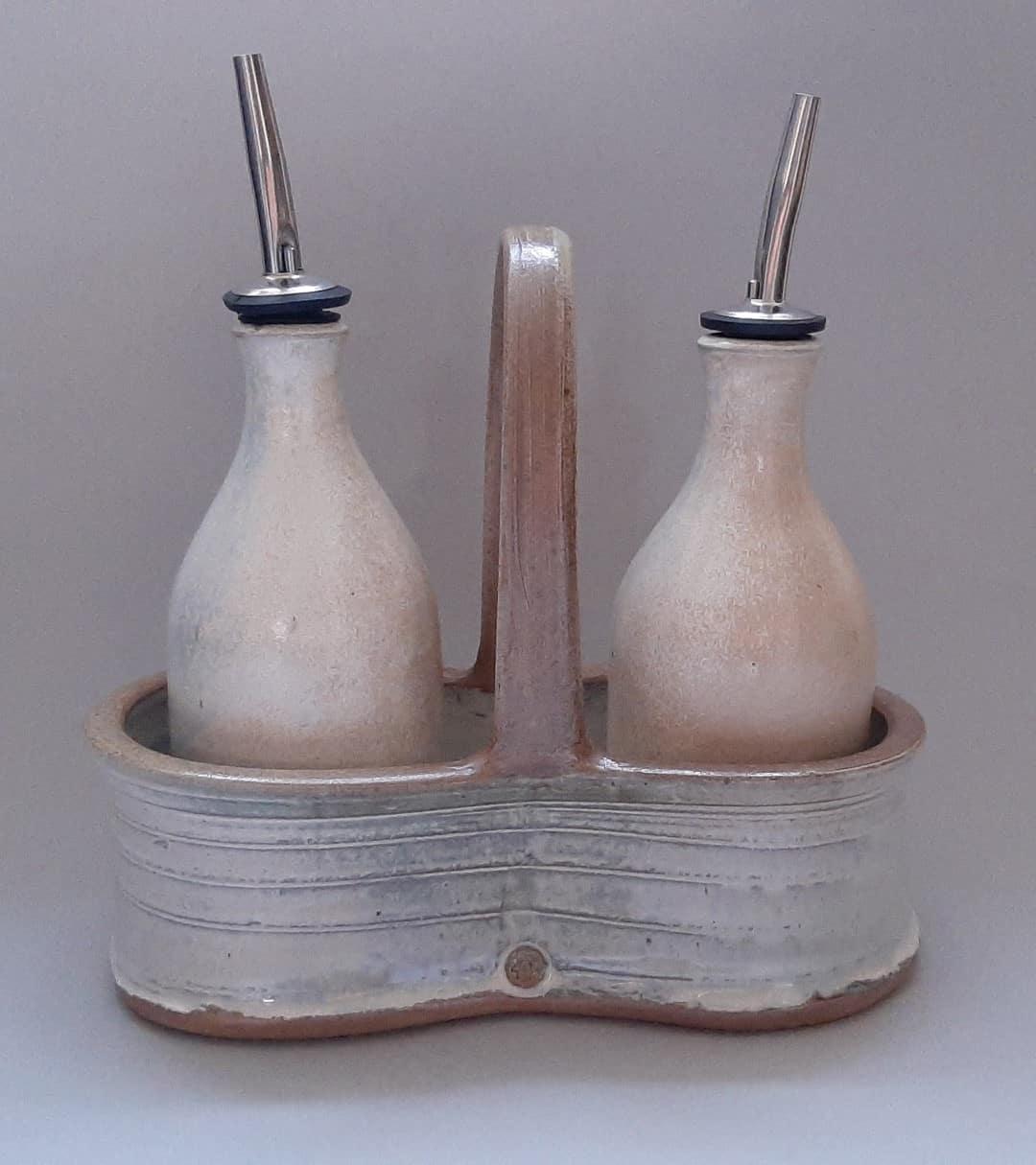Oil Vinegar white